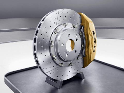 AMG_high_performance_composite_brake_system.jpg