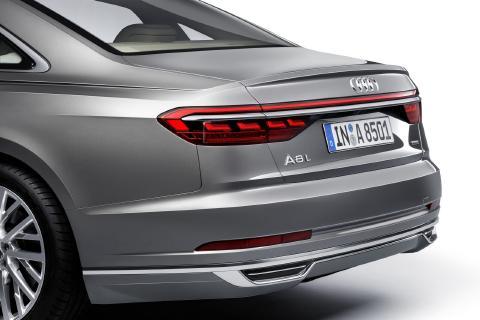 Audi-A8-25.jpg