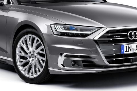 Audi-A8-26.jpg