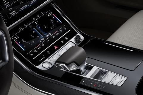 Audi-A8-29.jpg